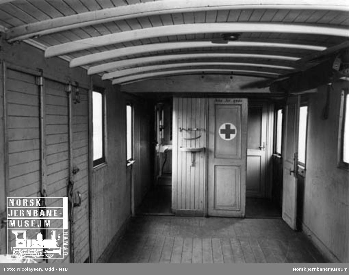 Konduktørvogn på Vestfoldbanen : interiørbilde fra godsrommet