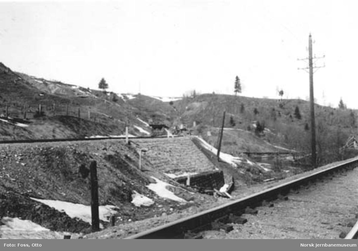 Linjeomlegging ved Bøn : søndre tunnelforskjæring km 61,00