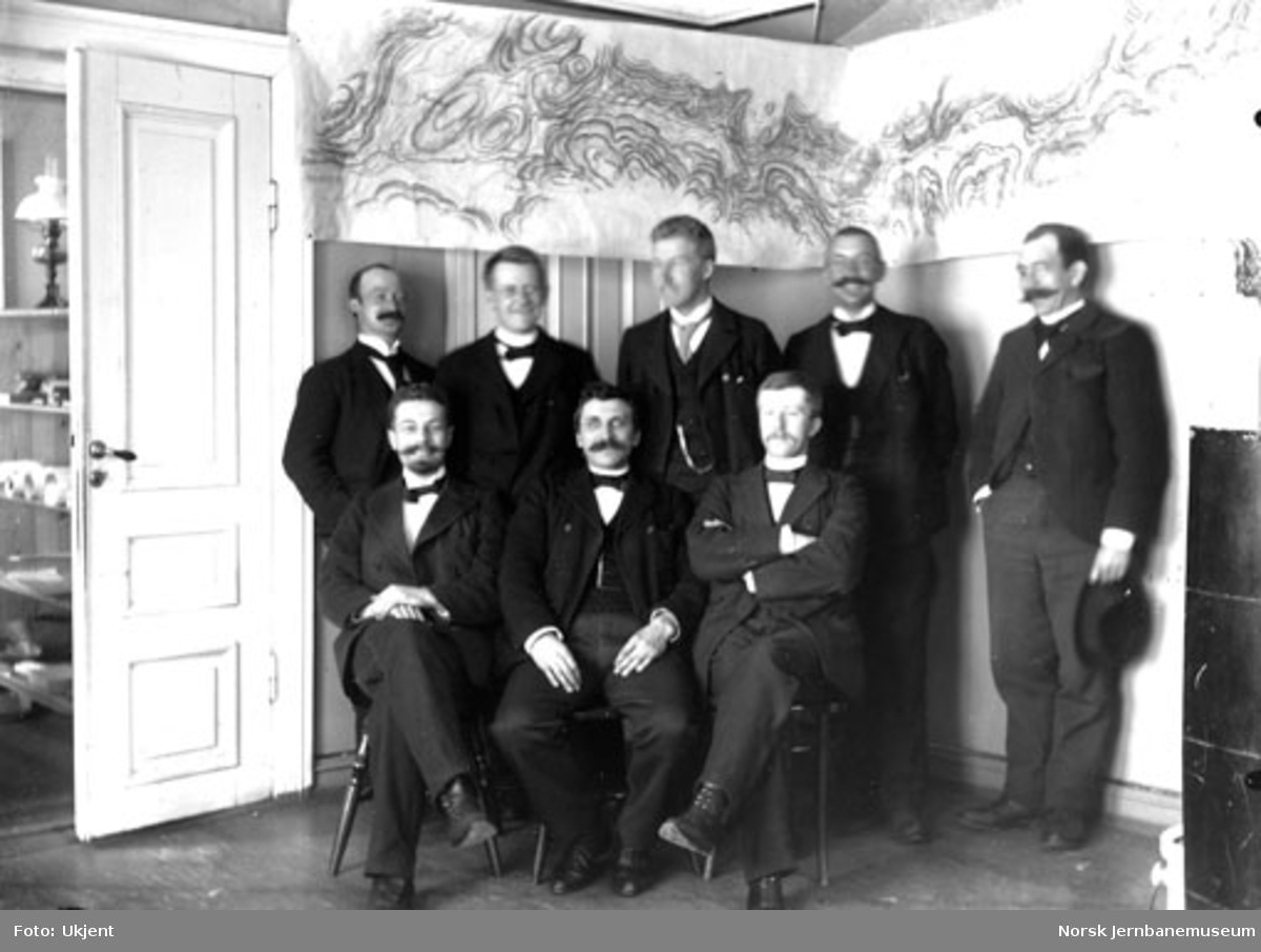 Personalet ved Bergensbanens anleggskontor på Voss