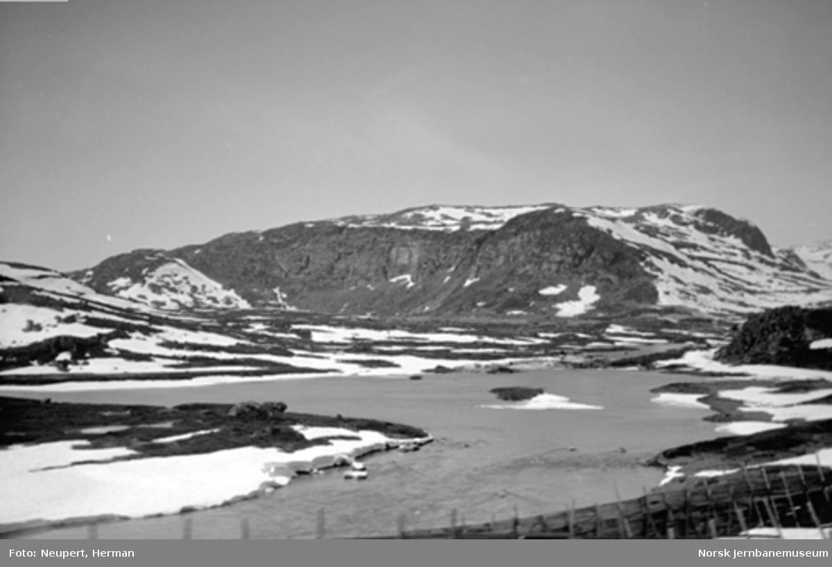 Utsikt fra Bergensbanen mellom Haugastøl og Finse