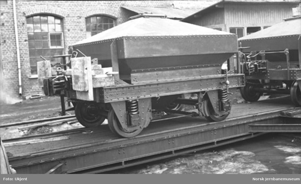 Bunntømmingsvogn til industribane, trolig Electric Furnace Products Company, Sauda