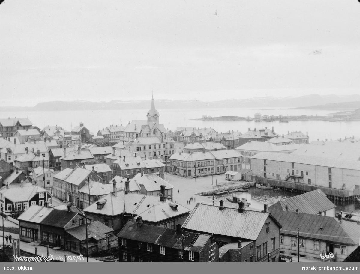 Hammerfest ved midnatt