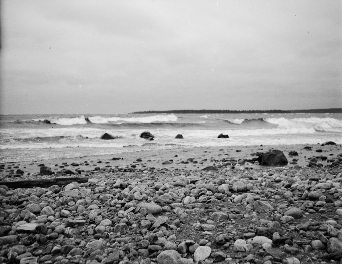 Strand vid Fiskeläget Billhamn, Älvkarleby socken, Uppland 1938