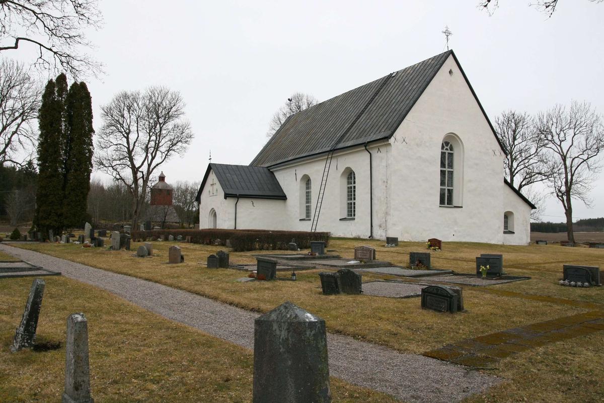 Österunda kyrka och kyrkogård, Österunda socken, Uppland 2008