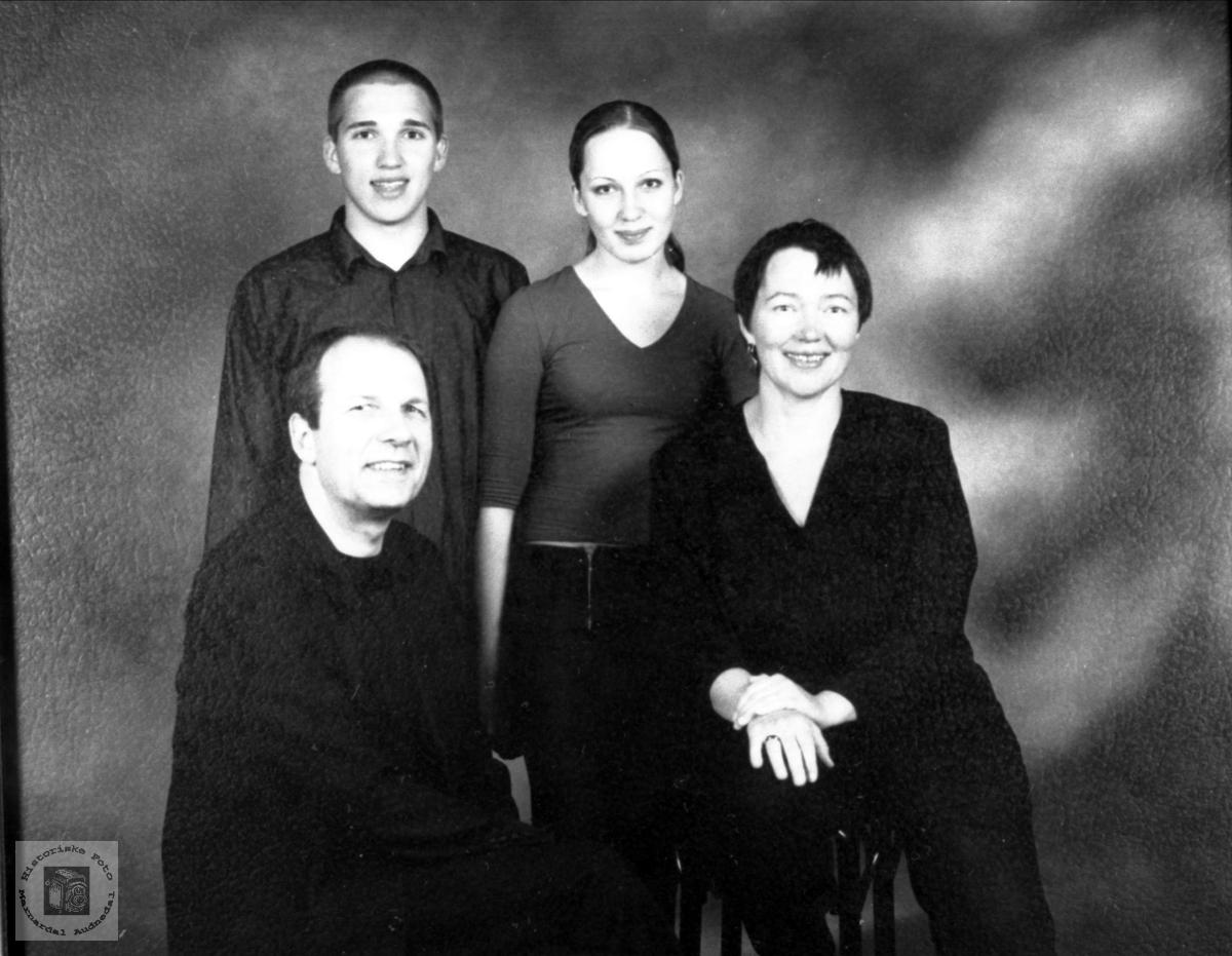 Familieportrett Olsen
