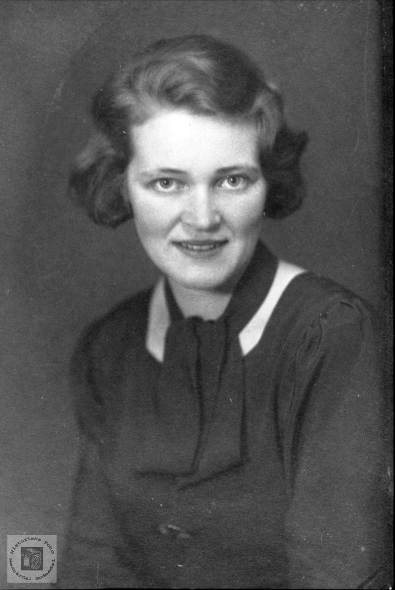 Portrett. Sigrid A. Holmesland.