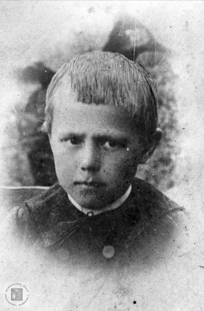 Barneportrett av Olav Madland, Åseral.