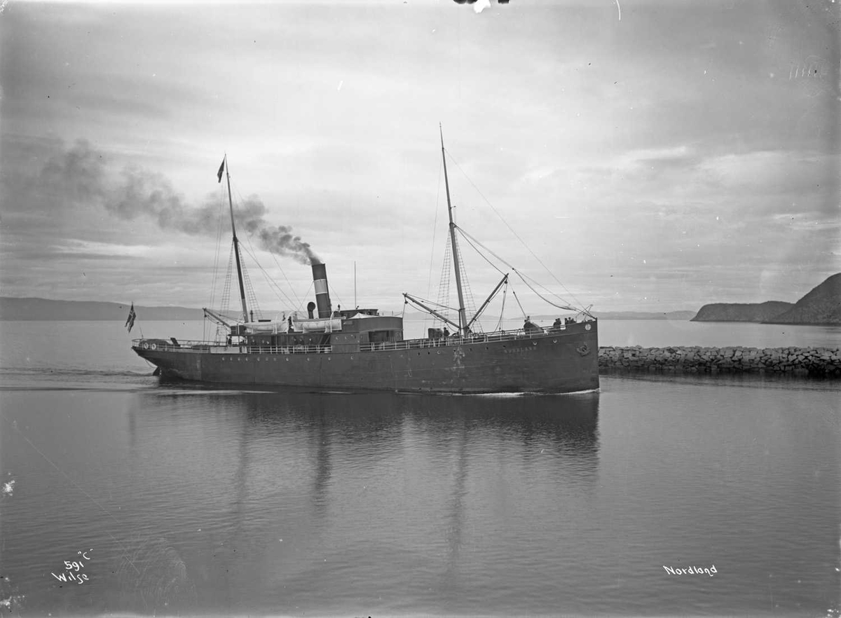 D/S Nordland (b. 1898, Trondhjem Mekaniske Verksted, Trondhjem)