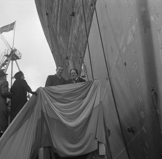 Dop och sjösättning av 160 M/T Stanvale.