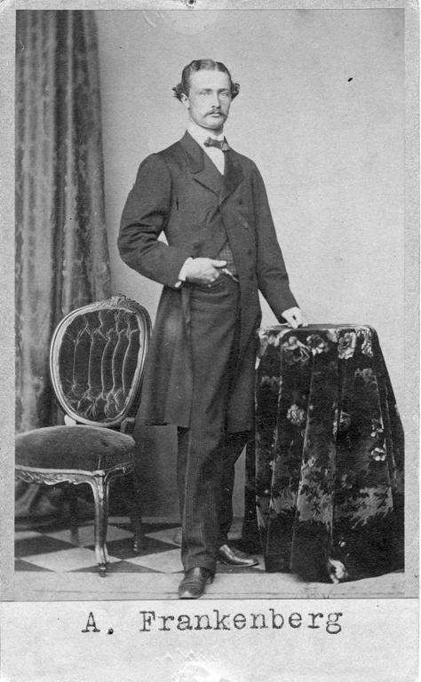 """Text på kortets baksida: """"Axel Frankenberg""""."""