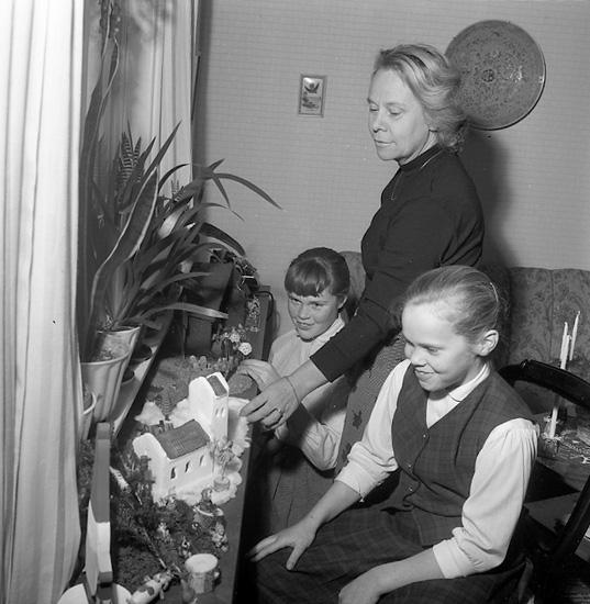 """""""Gräsänkor firar jul Uddevalla 23 december 1956"""""""
