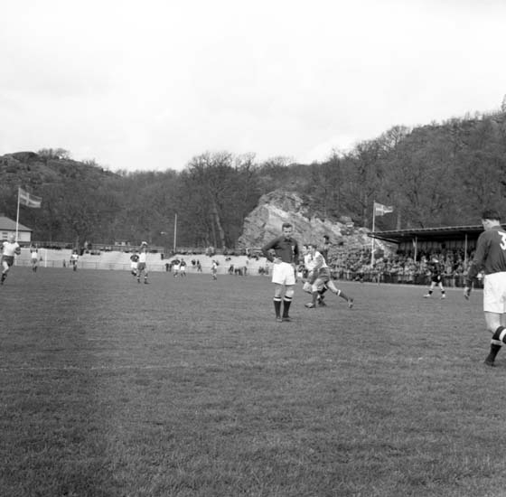 """Enligt notering: """"Oddevold Fässberg 8/5 -59""""."""