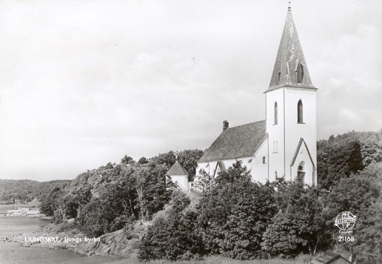"""Tryckt text på kortet: """"Ljungskile. Ljungs kyrka"""". ::"""