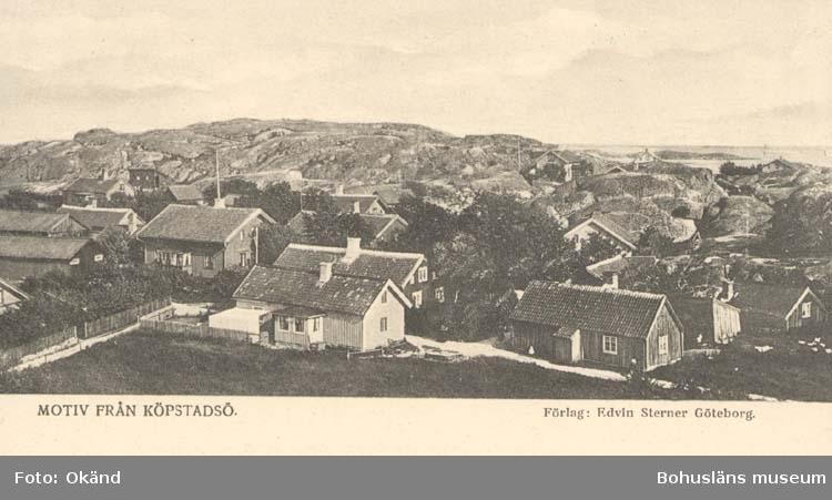 """Tryckt text på kortet: """"Motiv från Köpstadsö."""" """"Förlag: Edvin Sterner, Göteborg."""""""