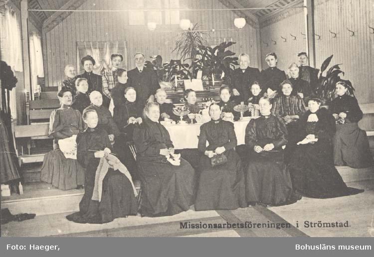 """Tryckt text på kortet: """"Missionsarbetsförening i Strömstad."""""""