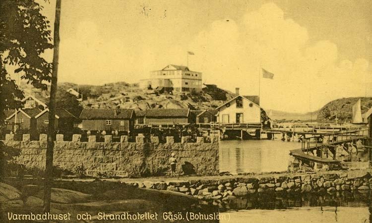 Varmbadhuset och Strandhotellet. Gåsö. (Bohuslän)