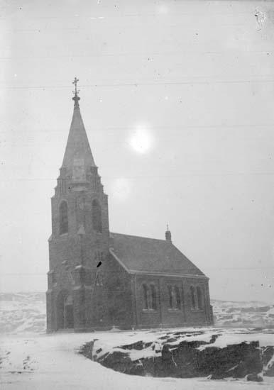 """Enligt text som medföljde bilden: """"Smögen. Kyrkan Dec. 06."""" ::"""