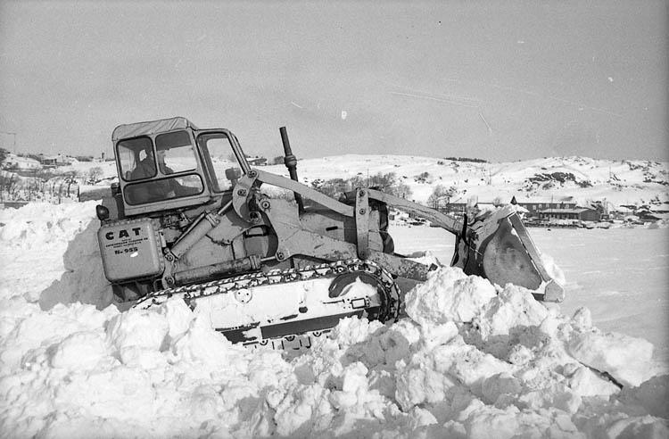 Snöröjning i Lysekil vintern 1966