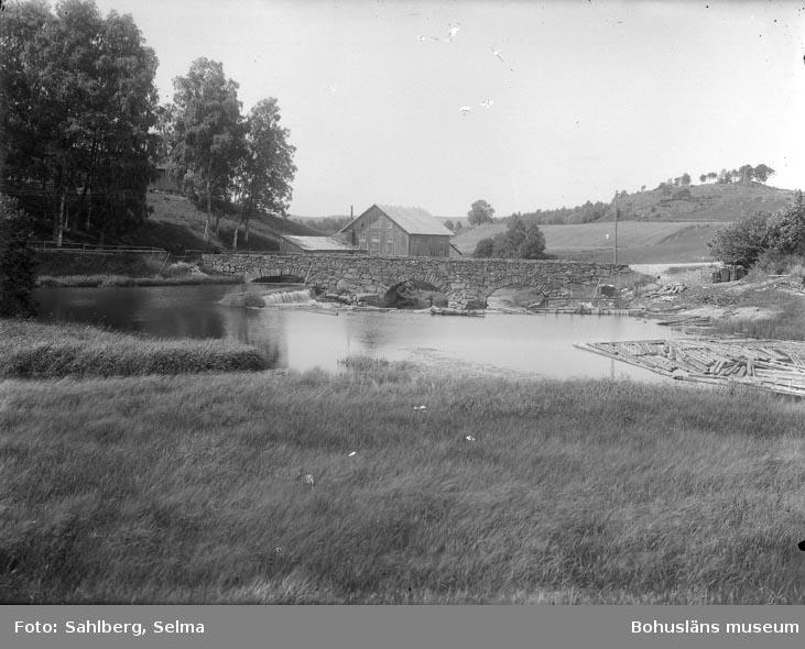 """Text som medföljde bilden: """"Sörbo bron, vid Sörbo i Krostad socken."""""""