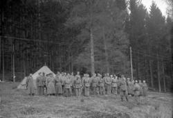 """Enligt fotografens journal nr 7 1944-1950: """"Hemvärnsövning K"""