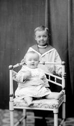 Ateljefoto, pojke och baby
