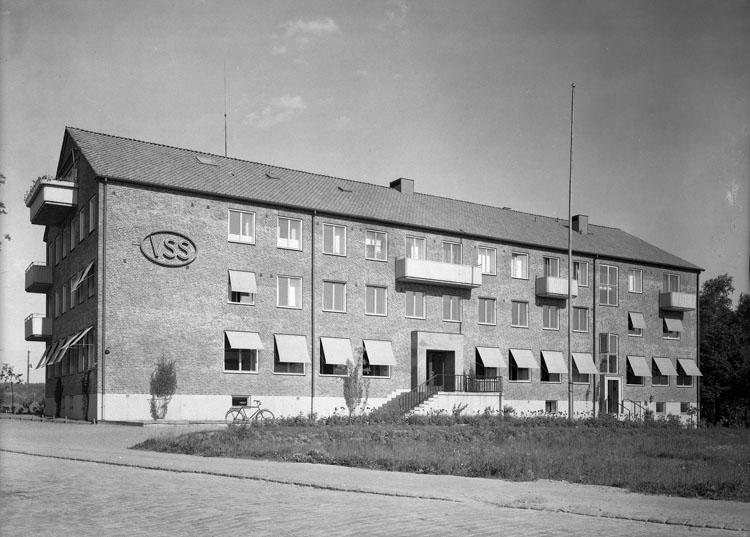 """Uppgift enligt fotografen: """"Uddevalla. VSS Kontorsbyggnad, Strömstadsvägen."""""""