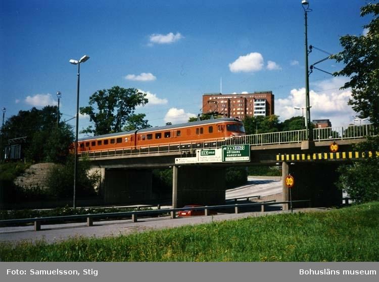 Tåg X9 mot Göteborg kl. 14:26.