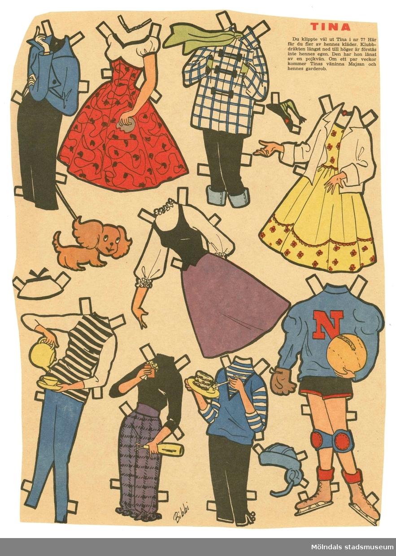 """Kläder till pappersdocka från 1950-talet, ej urklippta från tidningssida. Dockan """"Tina"""" saknas dock, då den publicerats i tidigare nummer av tidningen. Garderoben består av tre klänningar, fem set med byxa och tröja/jacka, idrottskläder, samt hattar och halsband. På baksidan finns två seriestrippar, den övre """"Tina"""" av Hilda Terry (1914-2006, USA), och den undre """"Lilla Bettan"""" av Jimmy Hatló (1897-1963, USA)."""