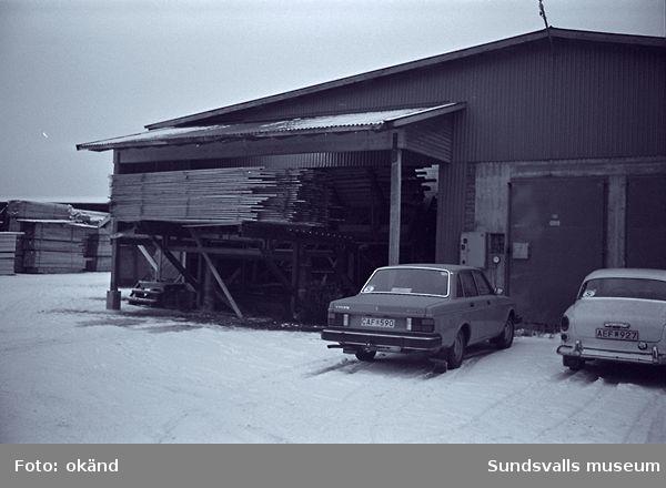 Höglands sågverk,kontor,bostadshus,virkesupplag,virkestork m.m.