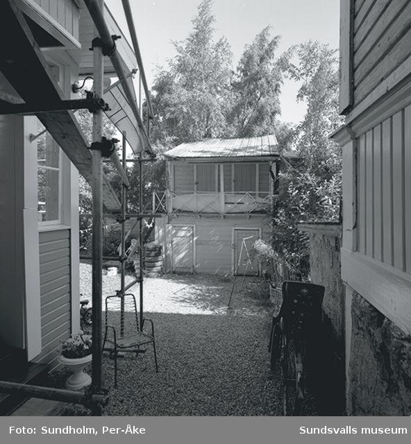 Inventering Stadsmon. Bild 06, Grundläggaregatan 1? (inre huset).