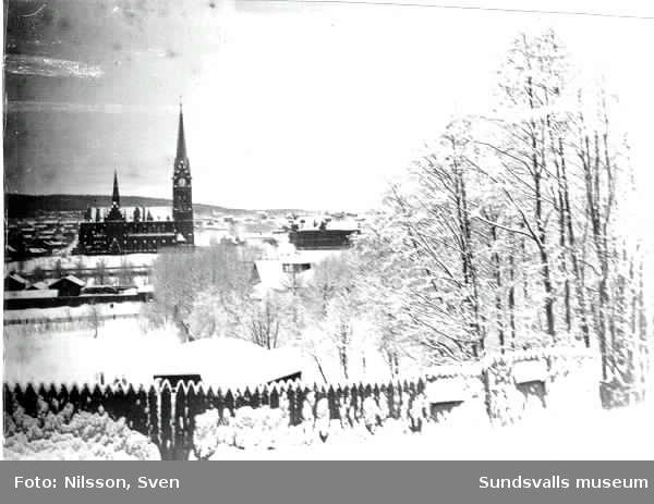 Vy över Sundsvall från Stadsbacken.