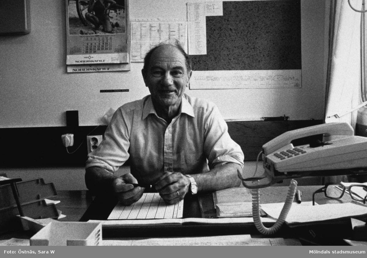 Byggnad 6. Erik Öberg, arbetsledare på Papyrus i Mölndal, år 1990.