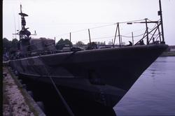 Robotbåten Västervik i hamn