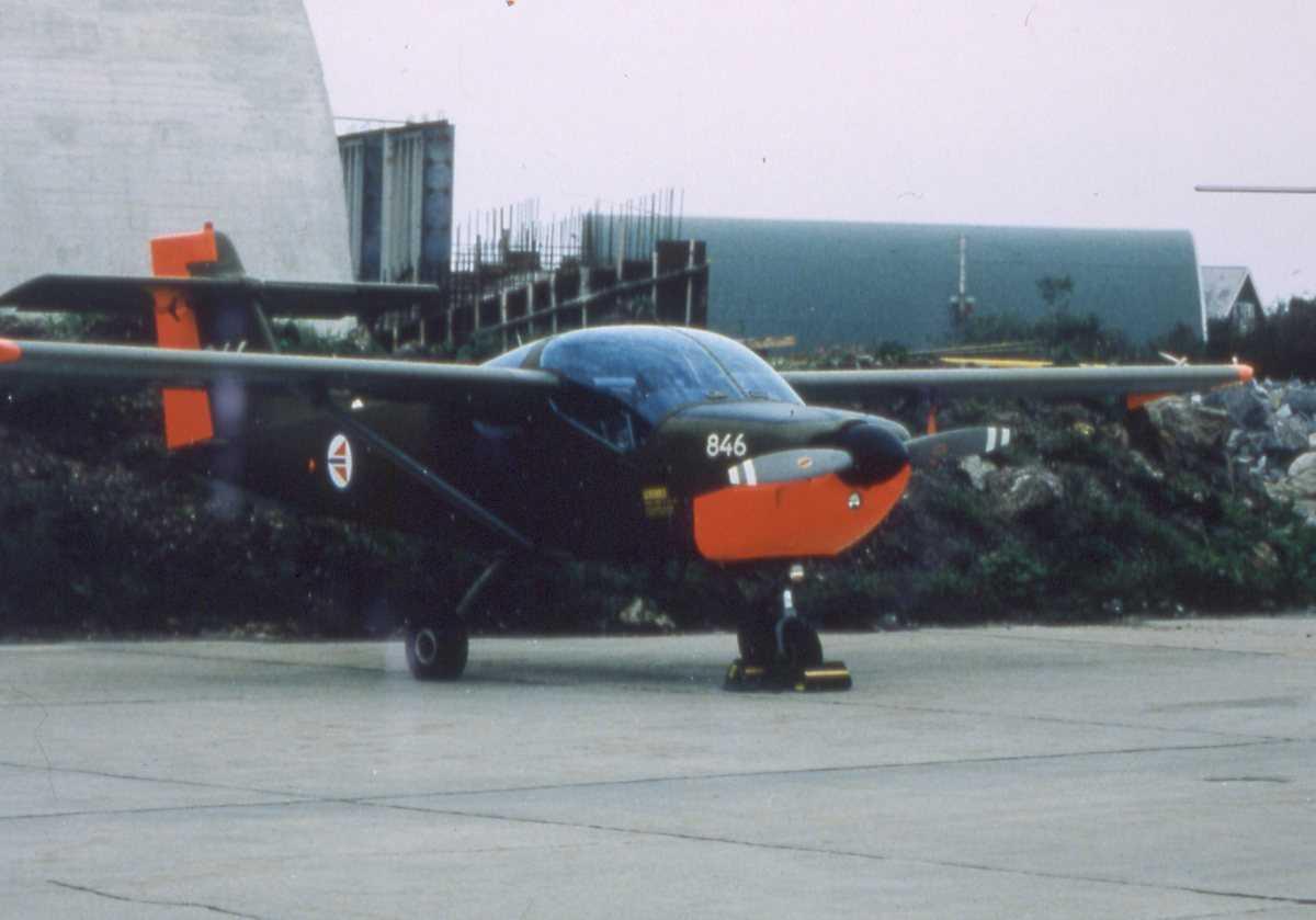 Norsk fly av typen Saab Safari med nr. 846.