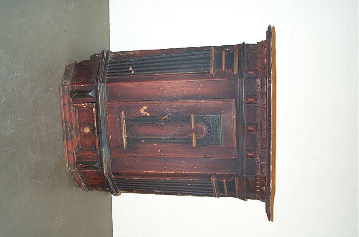DHS.30835 er innkomen til museet omkring 1990  - ein har ingen informasjon eller historie om gjenstanden.