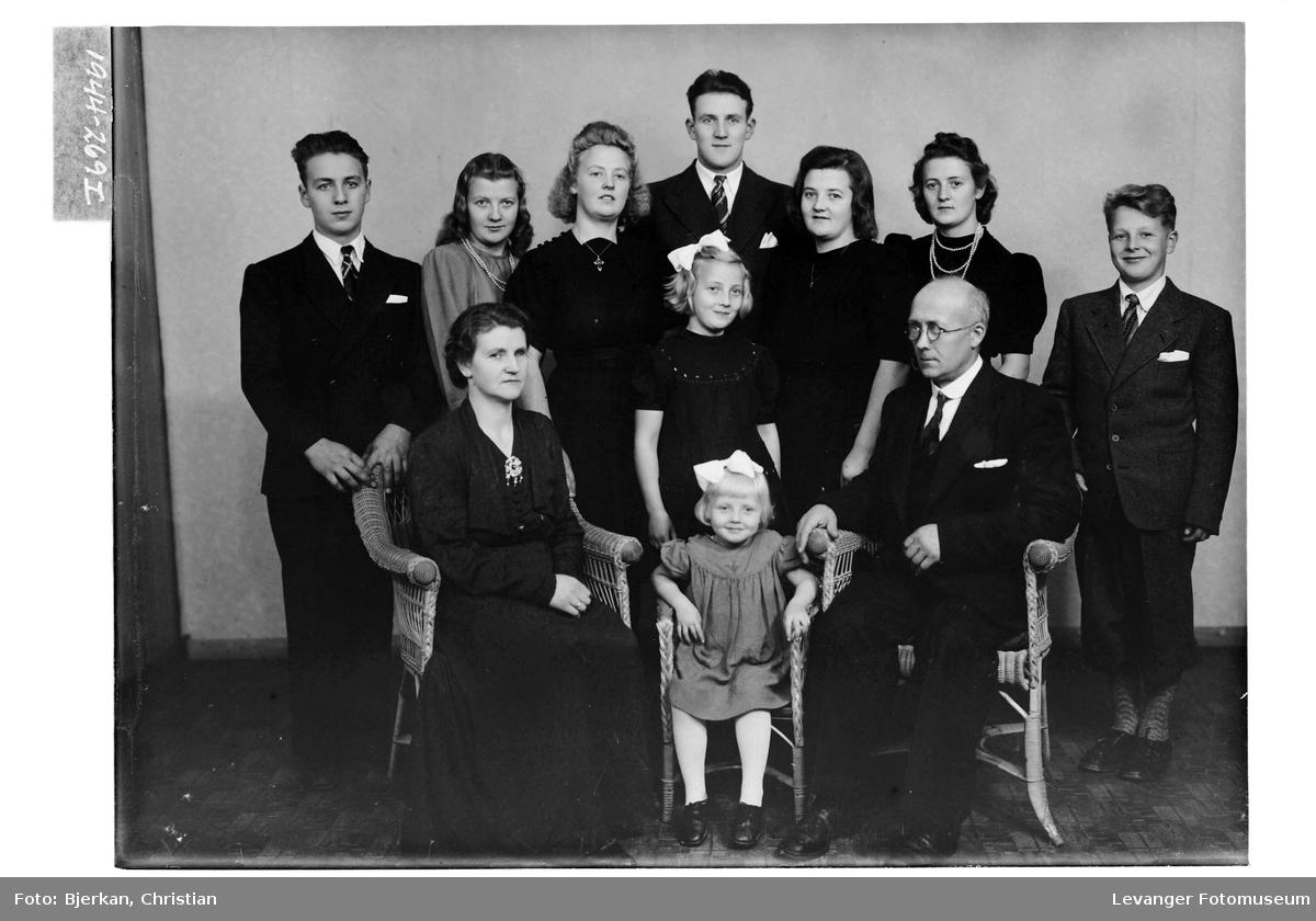Oluf Kjesbu med familie