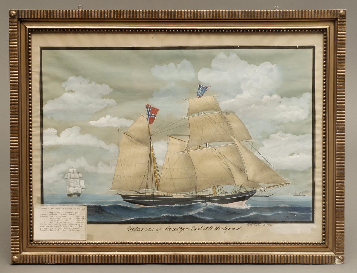 Fartøyet Nidarnes med fulle seil.