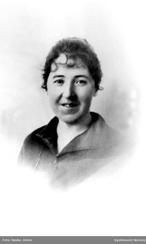 Johanna Ustad Woxeng