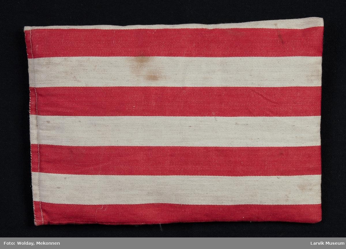 Form: dunlerret i røde og beige striper,dunfyll