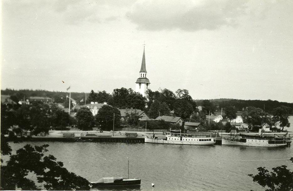 S/S Färingsö, S/S Sandviken.