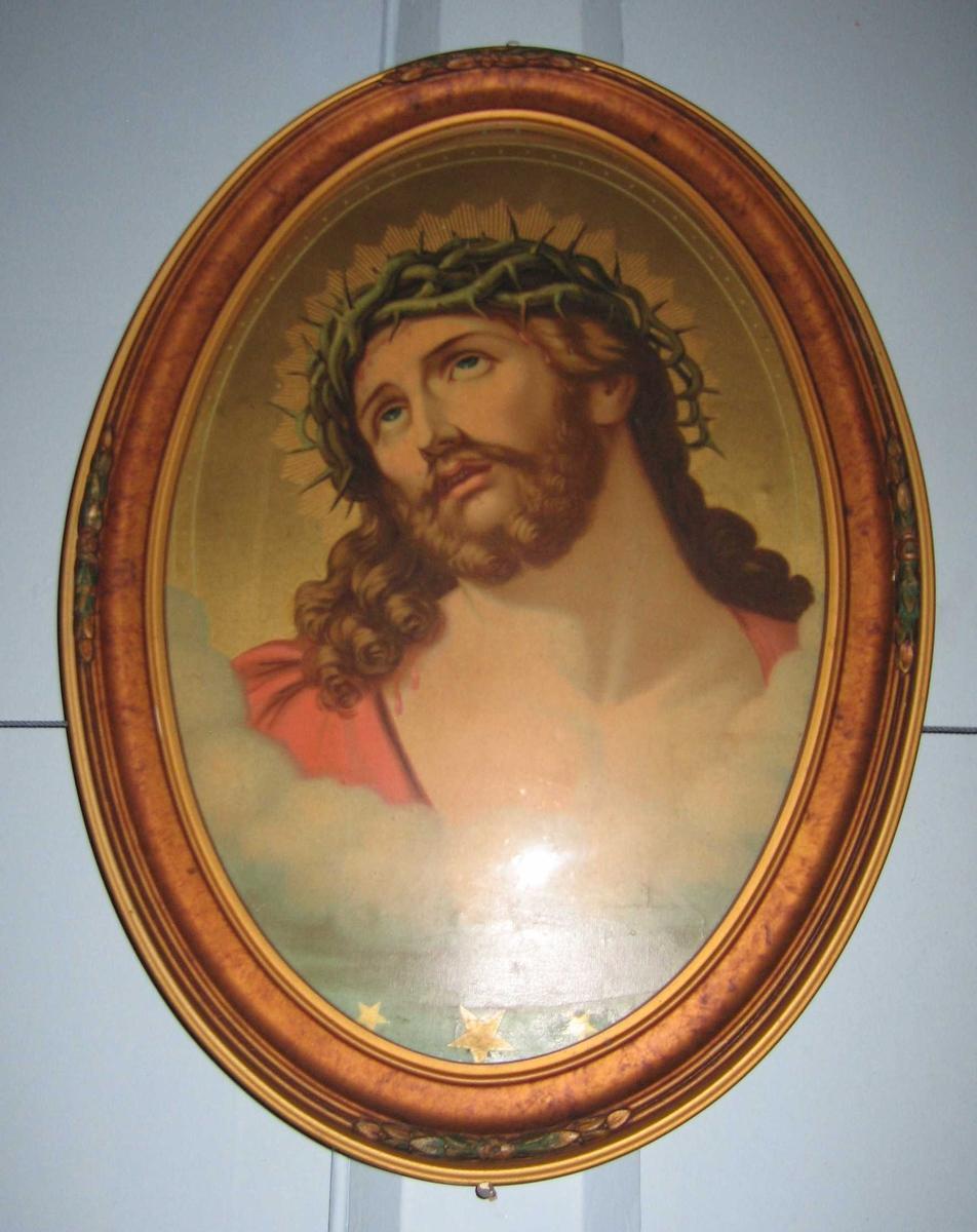 Jesus Kristus med tornekrans rundt hodet. Oval ramme med glass.
