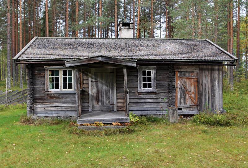 Husmannsstua fra Kvesetmoen, Hof i Åsnes.