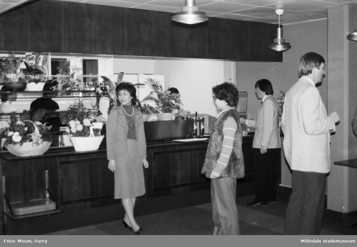 Nya restauranten Peacock i posthuset vid Gamla Riksvägen i Kållered, år 1984.  För mer information om bilden se under tilläggsinformation.