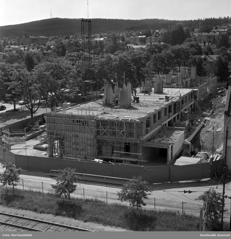 Bygge av flerfamiljshus vid Södra Järnvägsgatan-Esplanaden.