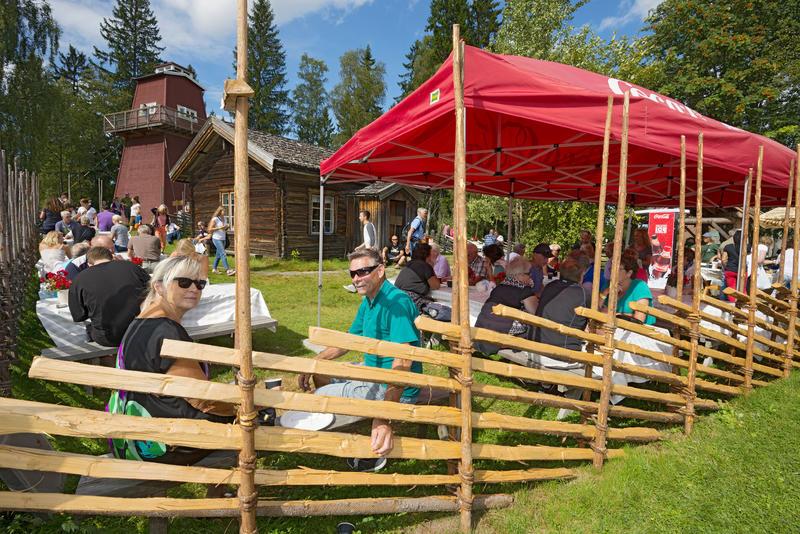 Servering ved Skogvokterboligen under De nordiske jakt- og fiskedager 2014.
