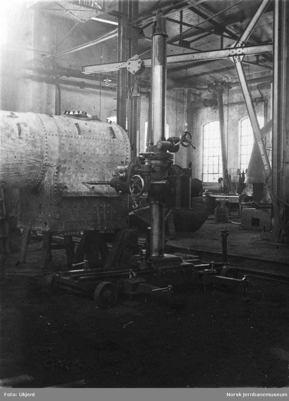 Verkstedet Sundland, boremaskin i kjelverkstedet
