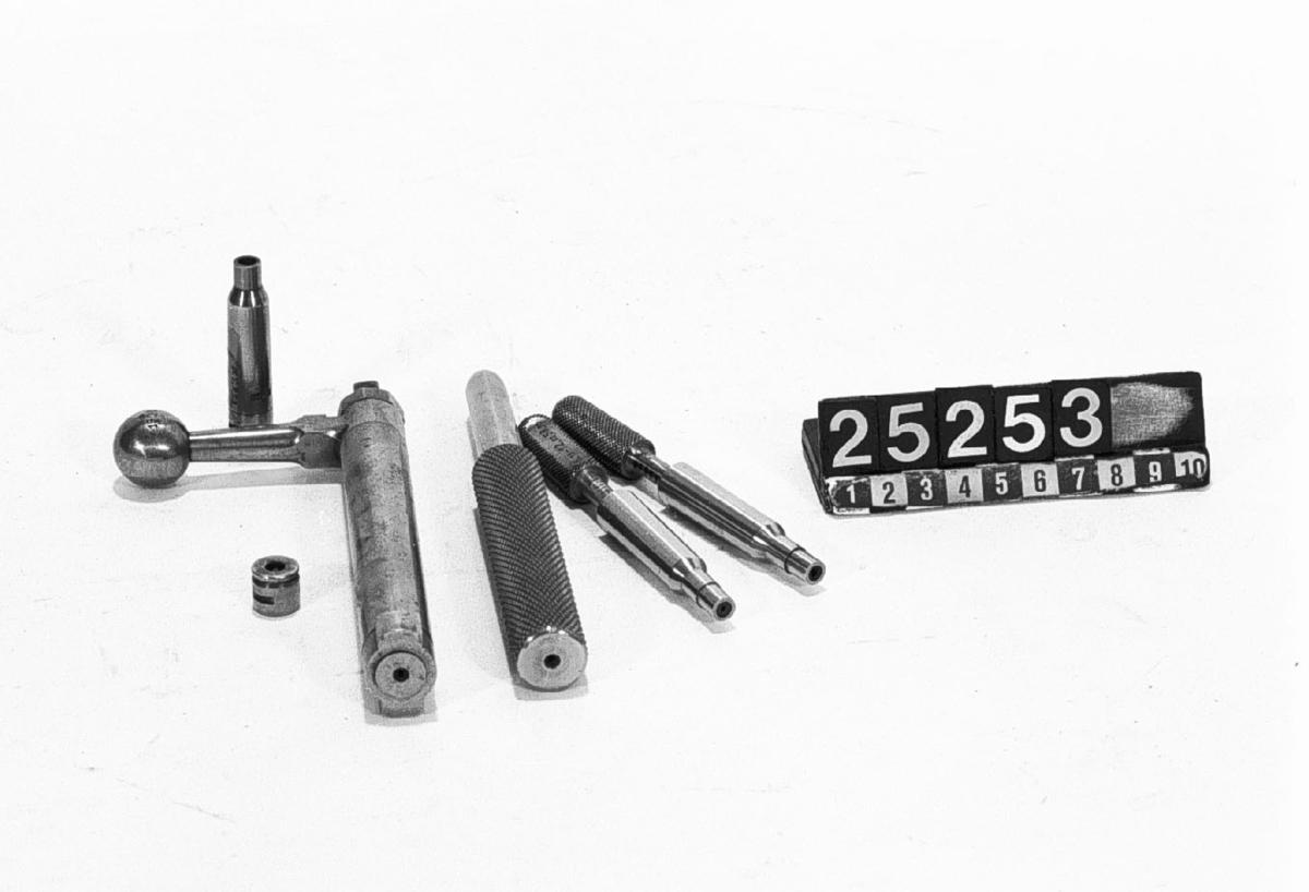 Slutstycke och besiktningsmått av stål, för gevär m/96.