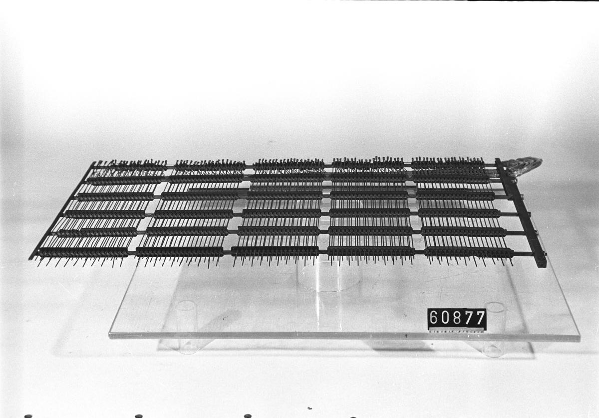 Multipelmatta med inlödda kablar, för Hultmans automatsystem
