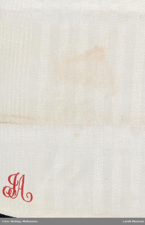 Form: tøyhempe
