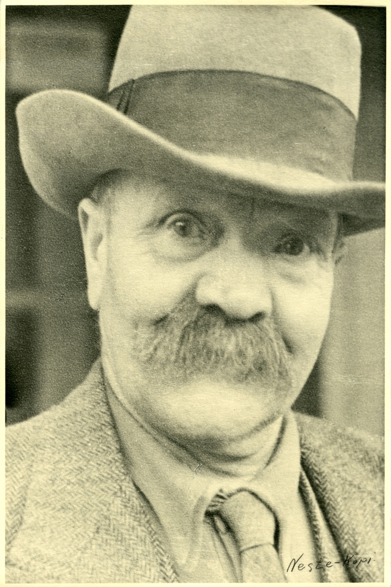 Portrett av kjøpmann Endre Holien, Øye i Vang.